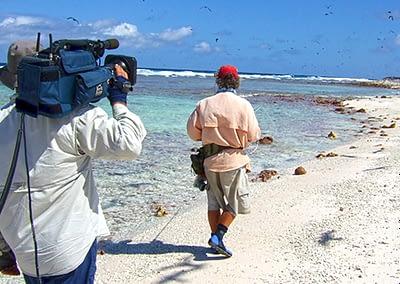 John Haenke enjoys A Beer With Starlo — talking fishing and filming.